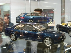 OttOmobile 1:18 BMW M5 E34
