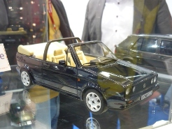 OttOmobile 1:18 Volkswagen Golf I Cabrio