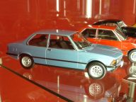 BMW 318i E21 1975 1:18 KK Scale