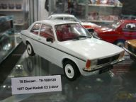 Opel Kadett C2 1977 1:18 Triple9 Collection