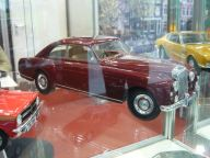 Bentley 1:18 Cult Scale Models