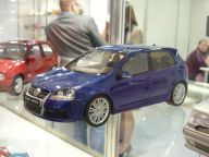 VW Golf R32 1:18 OttOmobile