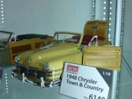 Chrysler Town a Country 1:18 Sun Star