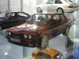 OttOmobile BMW 325is