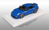 Porsche 911 (991) GTS Club Coupe 2015 blue 1:18 GT Spirit
