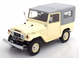 Toyota Land Cruiser FJ40 with closed soft top 1967 grey 1:18 Triple9 Collection