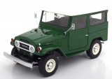 Toyota Land Cruiser FJ40 1967 green 1:18 Triple9 Collection