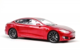 Tesla Model S 2016 red 1:18 LS Collectibles
