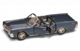 Lincoln Continental 1961 blue 1:18 Lucky Diecast