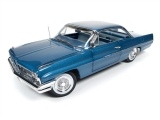 Pontiac Catalina Hardtop (Hemmings Classic Car) 1961 blue 1:18 Auto World