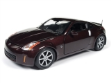 Nissan 350Z Coupe 2003 dark red 1:18 Auto World