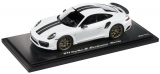 Porsche 911 Turbo S Exclusive Serie white 1:18 Spark