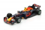 Red Bull Racing #33 M. Verstappen 3rd Chinese GP 2017 TAG Heuer RB13 1:18 Spark