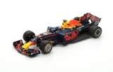 Red Bull Racing #3 Daniel Ricciardo TAG Heuer RB13 1:18 Spark