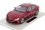 Maserati Ghibli 2013 red 1:18 Top Marques Collectibles