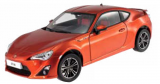 Toyota GT86 2014 orange 1:18 Dorlop