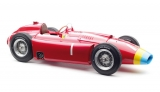 Ferrari F1 D50 Long Nose #1 J.M.Fangio German GP 1956 1:18 CMC