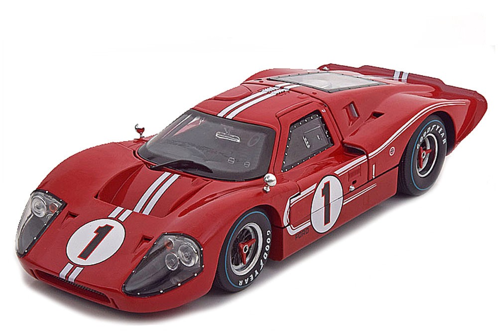 Ford GT40 MKIV #1 Winner 24hrs Le Mans 1967 Gurney/Foyt 1:18 Shelby Collectibles