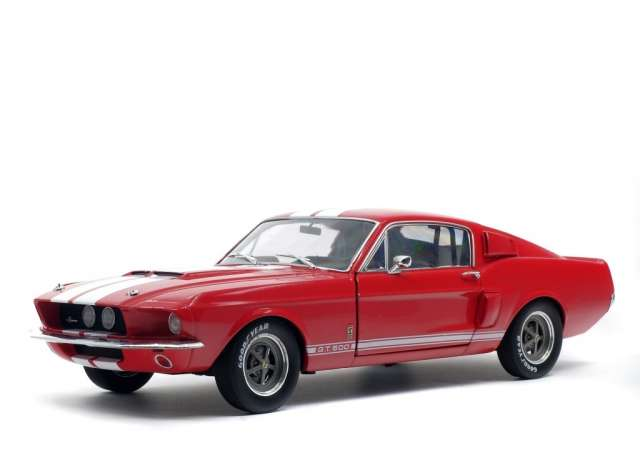 Shelby Mustang GT 500 red 1:18 Solido