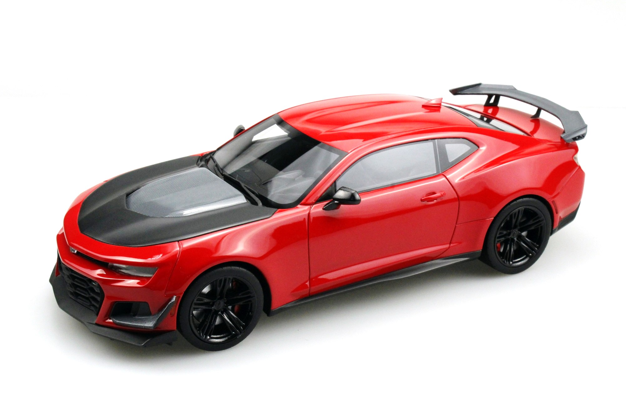 Chevrolet Camaro ZL1 1LE Hennessey HPE850 1:18 LS Collectibles