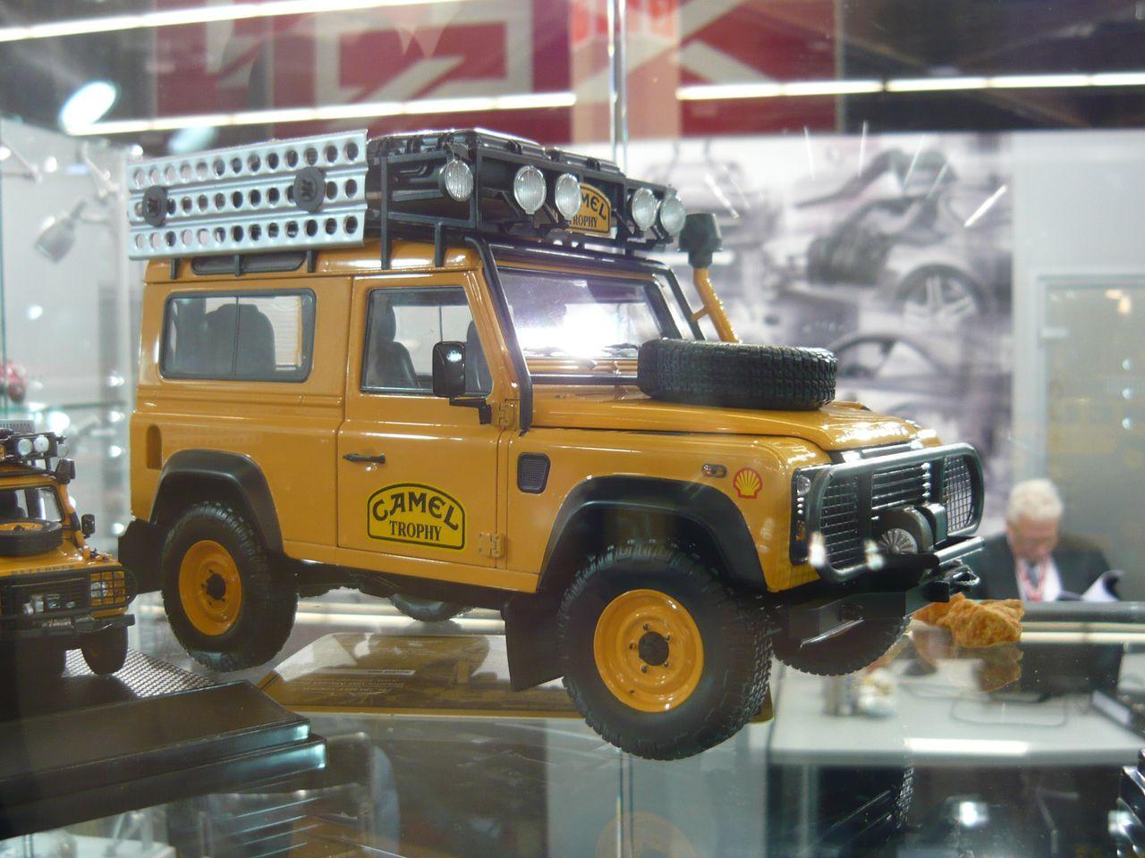 Land Rover Defender 90 Camel Trophy Edition