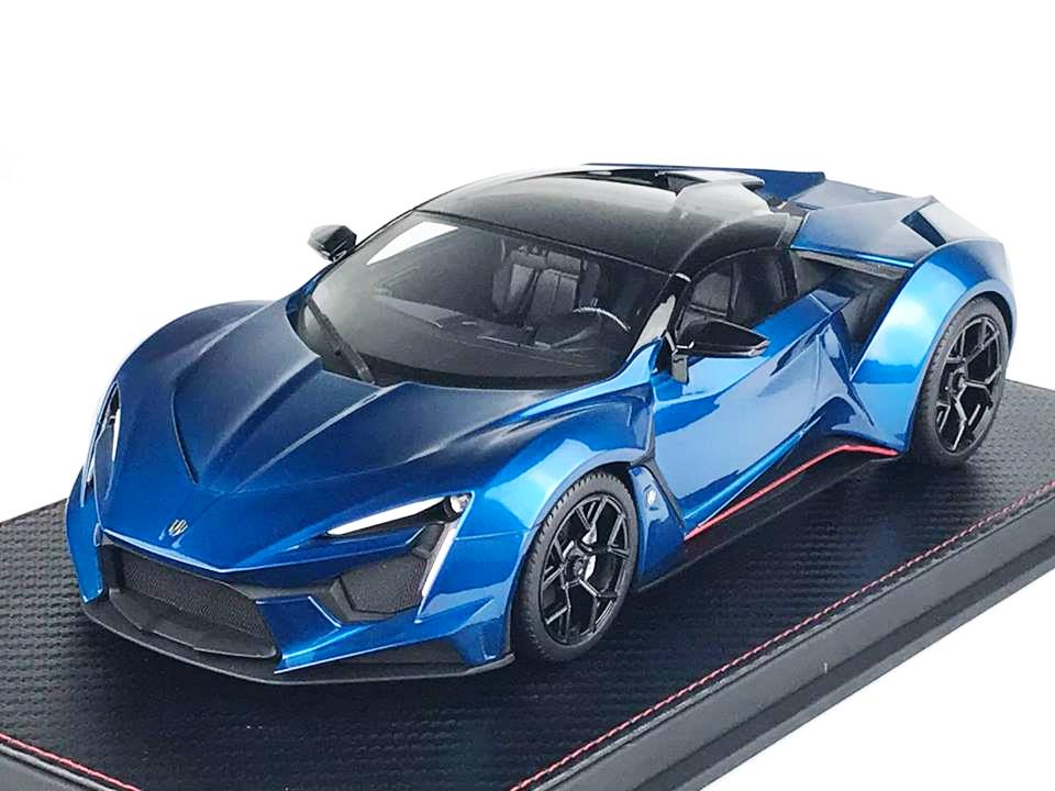 W-Motors Fenyr Supersport 2016 blue 1:18 Fronti-Art