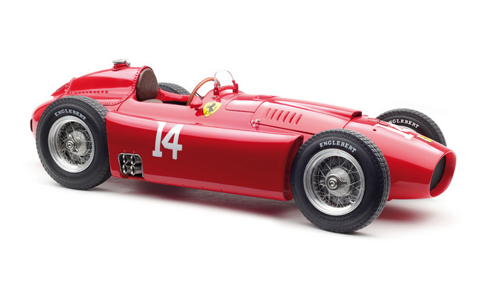 Ferrari F1 D50 Short Nose #14 Collins French GP 1956 1:18 CMC