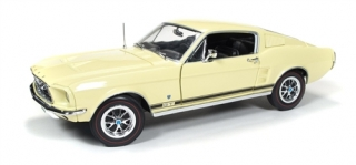 Ford Mustang GT 2+2 1967 1:18 Auto World