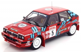 Lancia Delta HF Integrale 16V #5 Rally San Remo 1989 1:18 Triple9 Collection