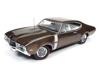 Oldsmobile Cutlass 442 Hardtop 1968 bronze 1:18 Auto World