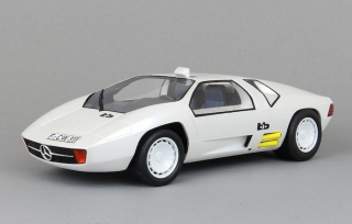 Mercedes CW 311 1978 white 1:18 BoS Models