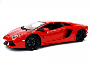 Lamborghini Aventador LP 700-4 orange 1:18 Bburago