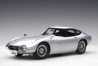 Toyota 2000 GT Coupe 1967 silver 1:18 AUTOart