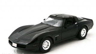 Chevrolet Corvette Coupe 1982 black 1:18 Welly