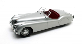 Jaguar XK120 OTS 1953 silver 1:12 12ART fine model cars