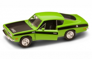 Plymouth Barracuda 440 1969 green 1:18 Lucky Diecast