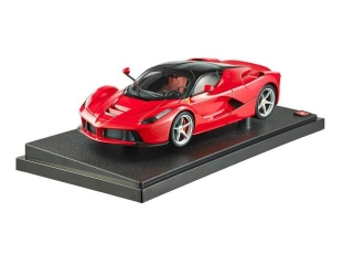Ferrari LaFerrari 2013 red 1:18 HotWheels