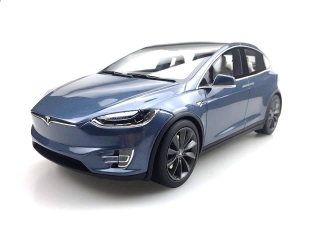 Tesla Model X 2016 grey 1:18 LS Collectibles