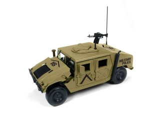 Humvee Military R-2 dessert tan 1:18 Auto World