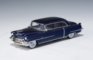 Cadillac Series 75 Limousine 1956 blue metallic 1:18 GLM Models