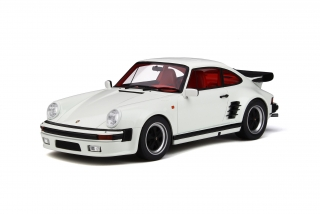 Porsche 911 Turbo S 1:18 GT Spirit