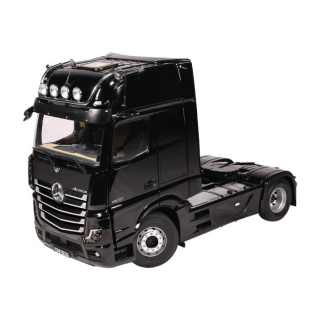 Mercedes-Benz ACTROS GigaSpace 4x2 with Camera 2019 black 1:18 NZG