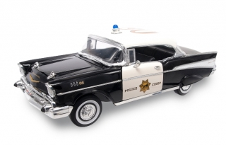 Chevrolet Bel Air Hard Top Police Version 1957 black 1:18 Lucky Diecast