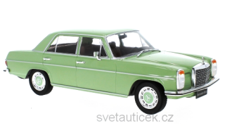 Mercedes 220 D (W115) 1972 green 1:18 MCG Modelcar Group