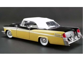 Chrysler New Yorker St. Regis Convertible 1956 nugget gold/raven black 1:18 Acme Diecast