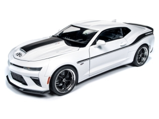 Chevrolet Camaro Yenko S/C 2018 white 1:18 Auto World