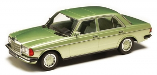 Mercedes 280E W123 1977 light green metallic 1:18 KK Scale