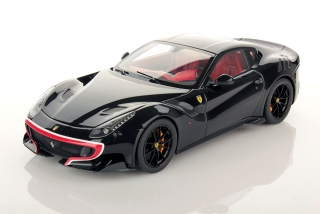 Ferrari F12 TDF Special Series Nero DS/Red Livery 1:18 Look Smart
