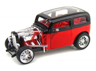 Ford Model A Custom 1931 black/red 1:18 Lucky Diecast