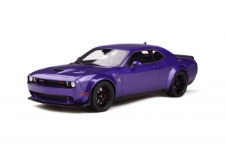 Dodge Challenger R/T Scat Pack Widebody plum crazy 1:18 GT Spirit
